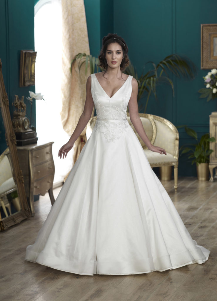 Wedding Dresses Colchester. Highclere by Nicola Anne. Available from Fairytale Bride 17 Market Hill Coggeshall Colchester Essex CO61TS 01376 743121