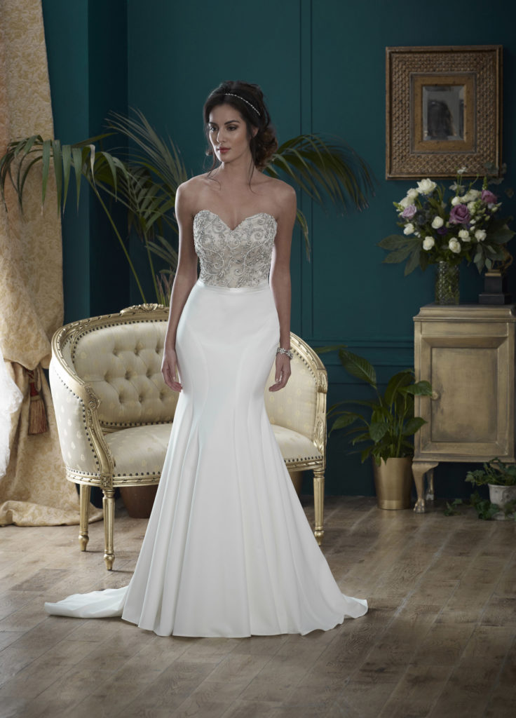 Wedding Dresses Colchester. Warwick by Nicola Anne. Available from Fairytale Bride 17 Market Hill Coggeshall Colchester Essex CO61TS 01376 743121