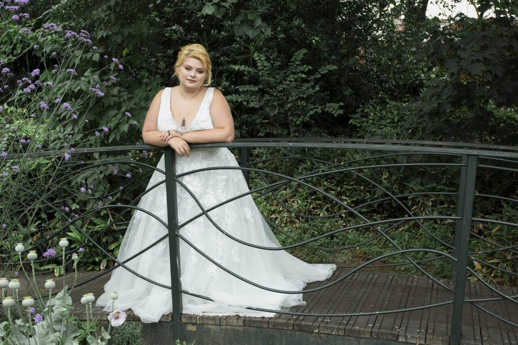 Fairytale Bride 01376 743121