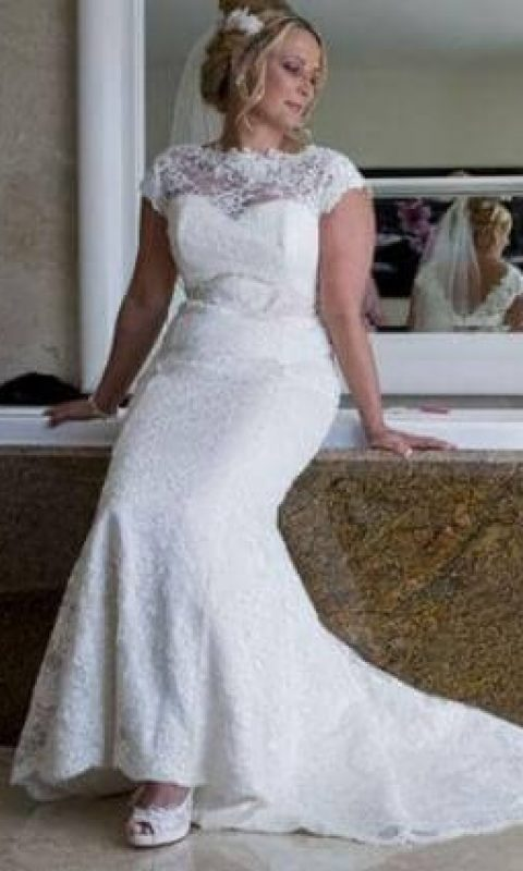 Carrie wearing Devoted by Nicola Anne from Fairytale Bride 01376 743121