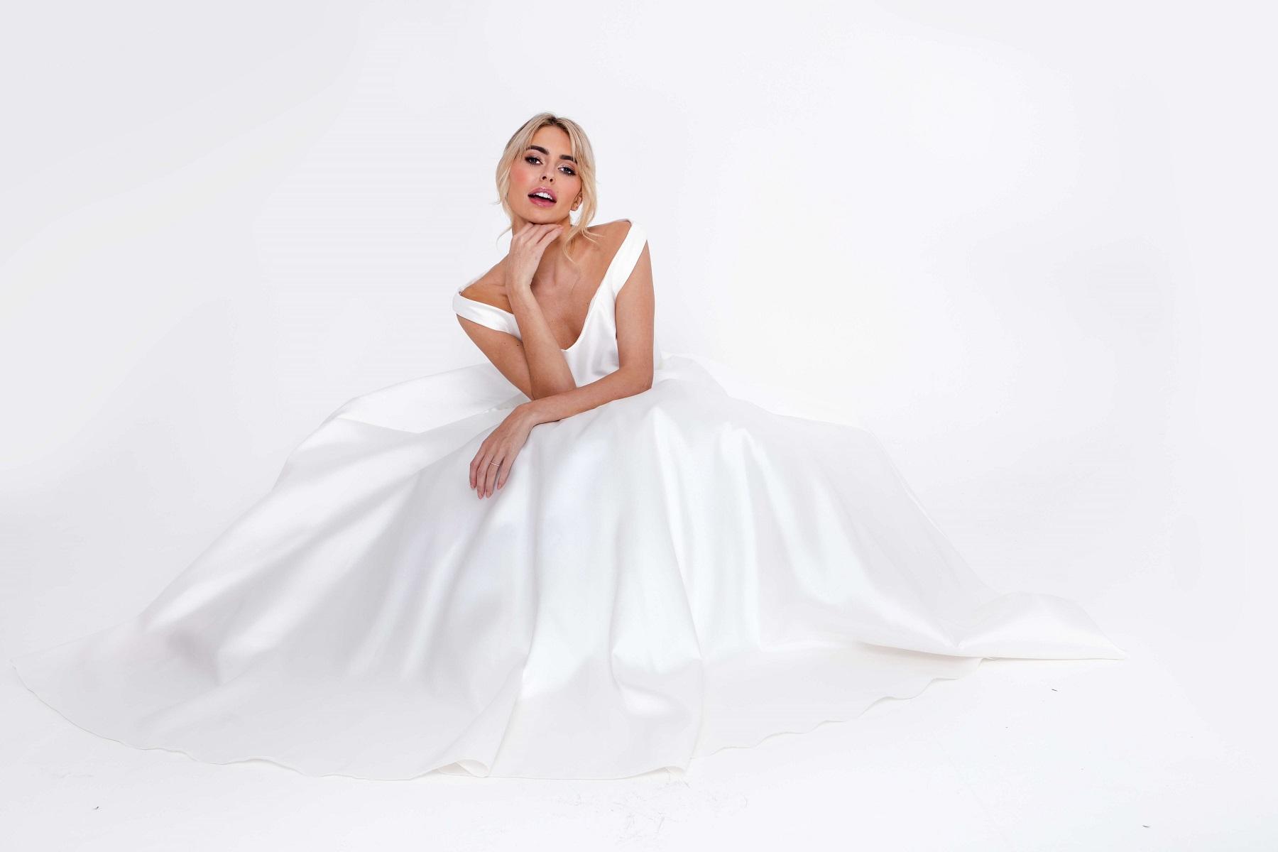 Caring Fairytale Bride